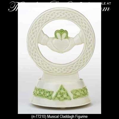 Irish Claddagh Wedding Cake Topper